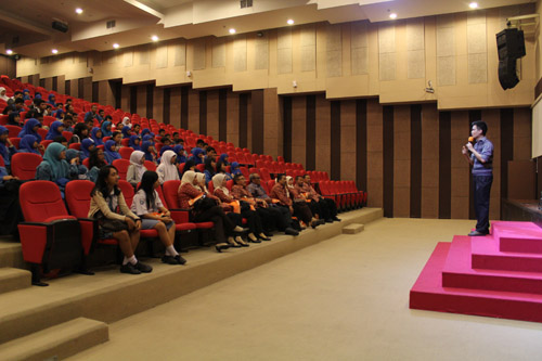 Briefing dari pak Teddy untuk SMA Sooko Mojokerto tentang Entrepreneurship