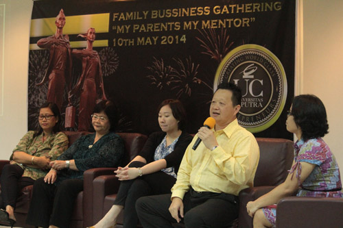 pembicara dalam acara my parent my mentor