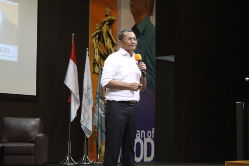 Dahlan iskan di Universitas Ciputra