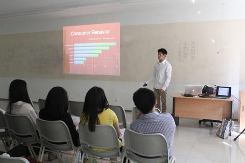 Dedy Kurniawan share ilmu untuk Psychology Universitas Ciputra