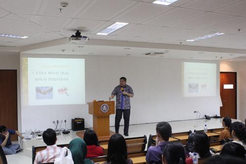 Samuel Sianto menjelaskan mengenai etika bisnis